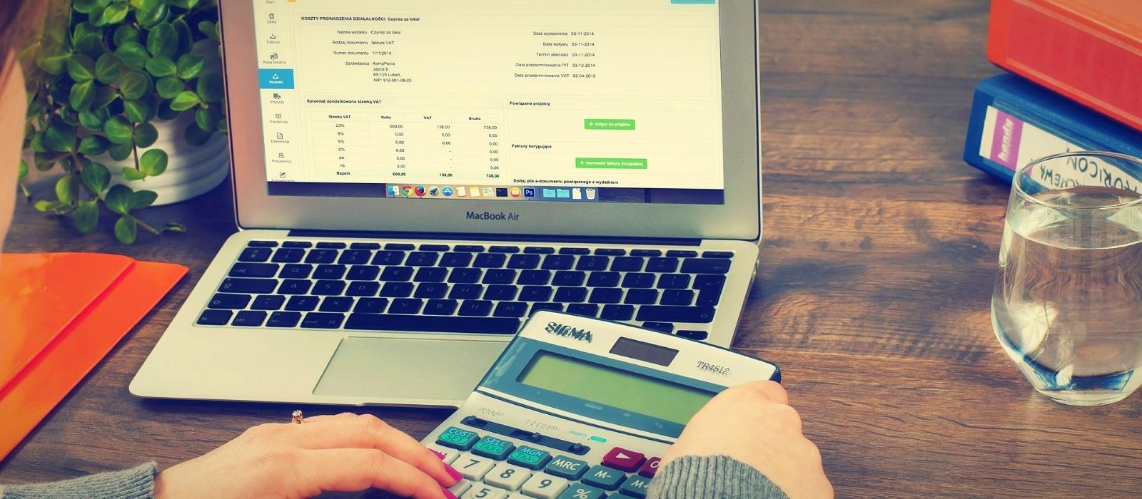 bookkeeping-615384_1920-026143-edited.jpg